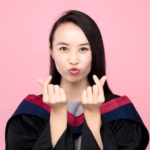 畢業相粉紅背景樣本