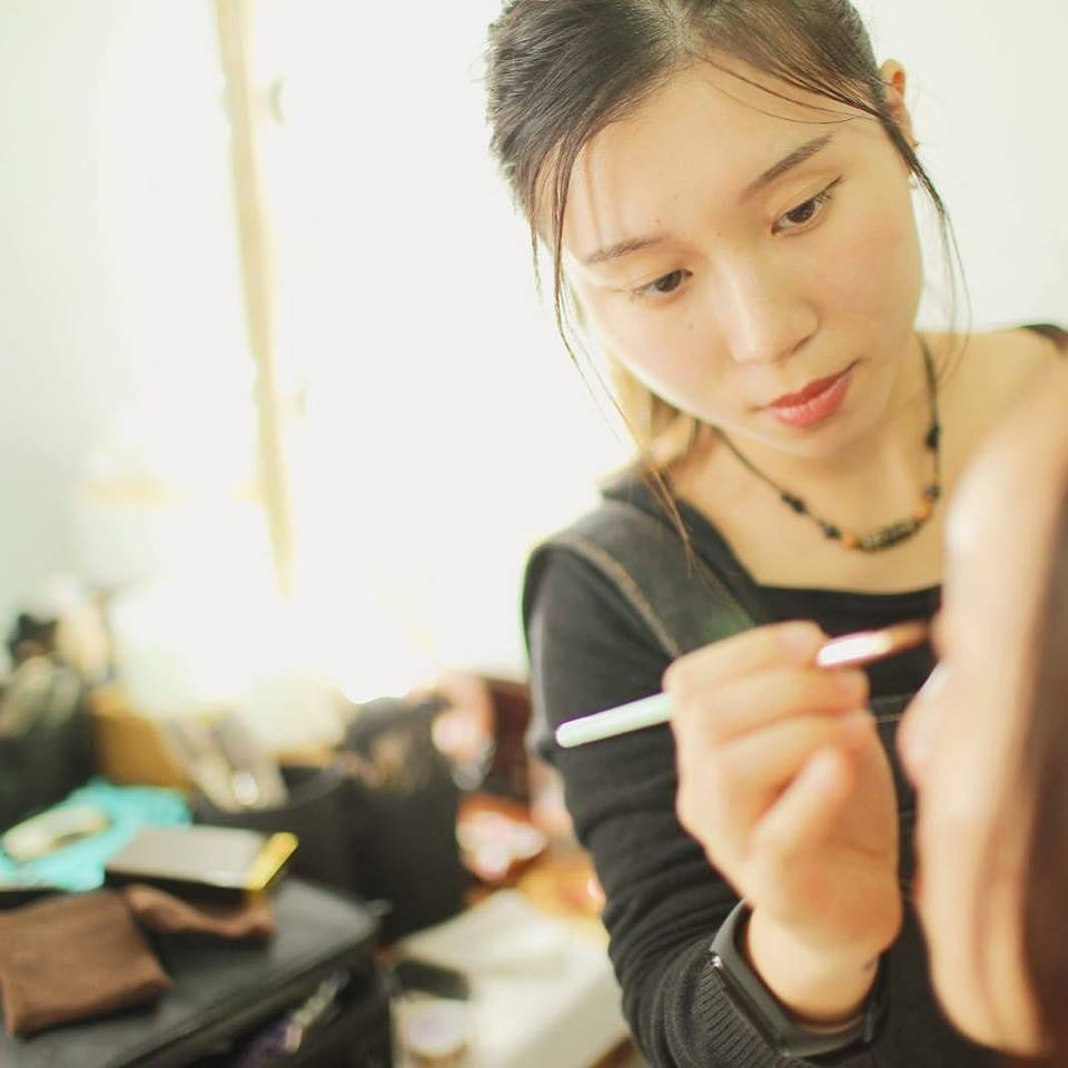 Makeup service by MUA available for passport/ID photography service (prior booking needed).
